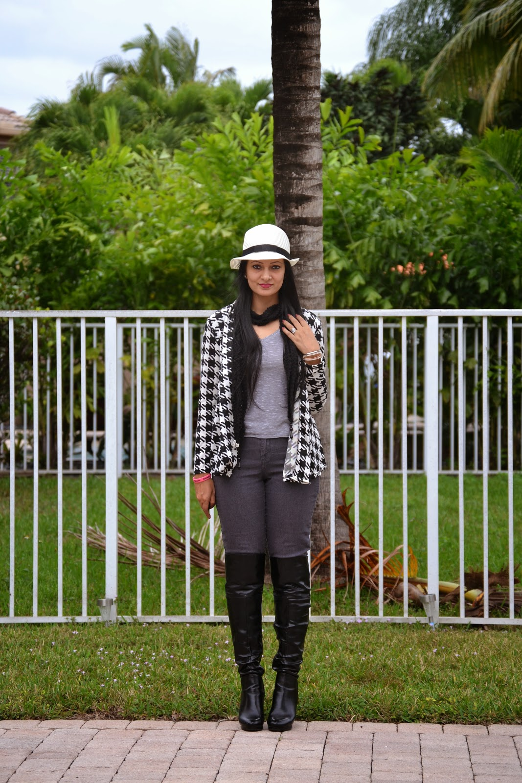 Houndstooth Tidestore Cardigan and Yesfor Hat www.sandysandhu.co