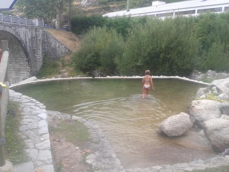 Imagem de banhista em Loriga