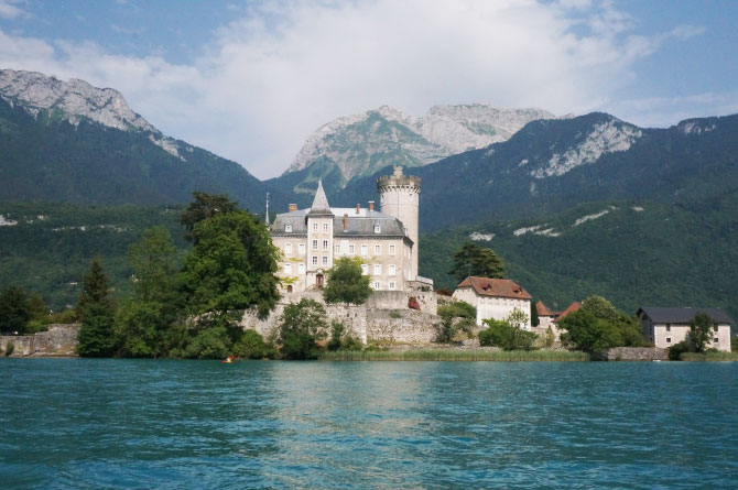 Château de Duingt sur le lac d'Annecy