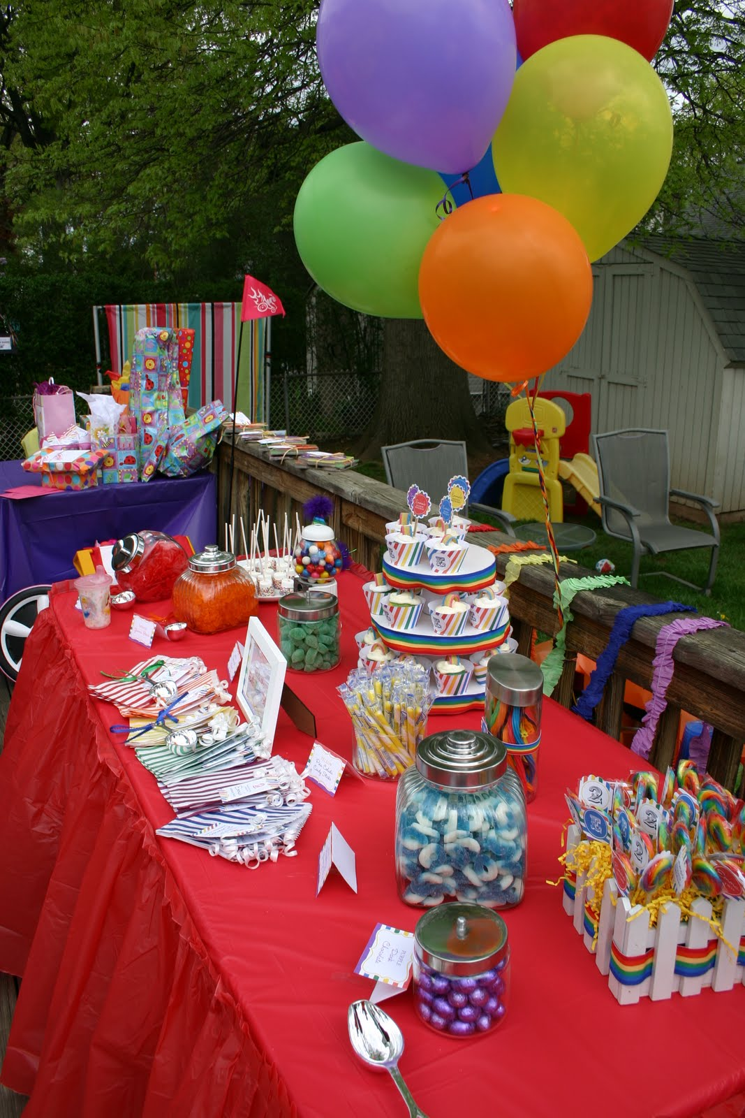 Emmy\'s Closet: Somewhere Over the Rainbow...Emmy turns TWO !!!