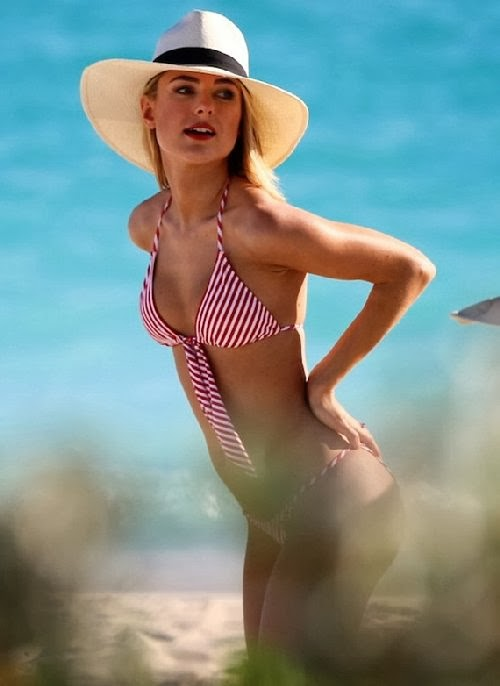 English:Kimberley Garner Red Bikini Saint Barthelemy January‭ ‬27,‭ ‬2014‭