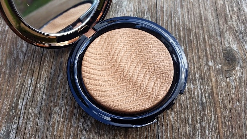 The Blunder-Proof Bronzer - Make Up For Ever Pro Bronze Fusion : Mini ...