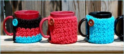 Вязаные чехлы на кружки и чашки