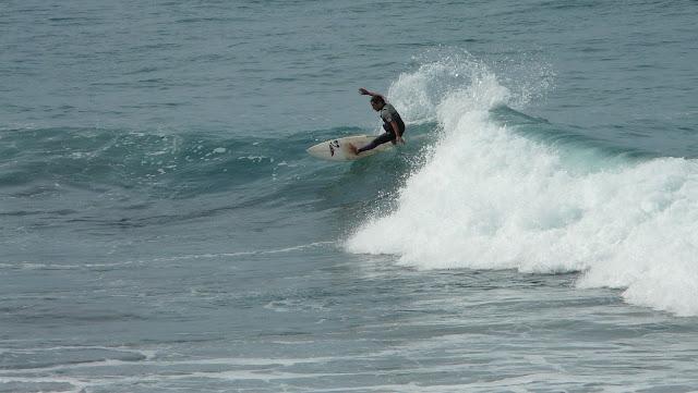fotos surf sopela sopelana pleamar septiembre 04