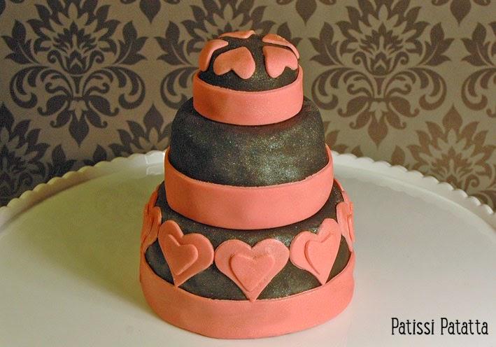 cake design, gâteau 3D, pâte à sucre, gumpaste, fondant, gâteau de mariage mini