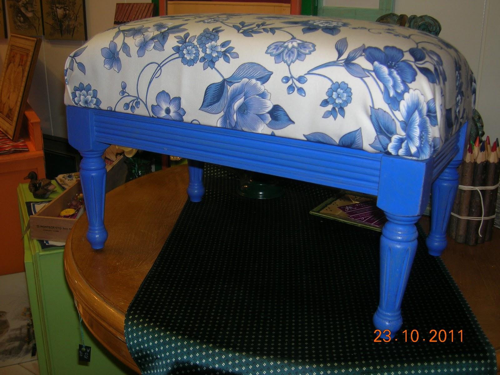 Vintage en agosto muebles de colores for Muebles zamorano jose mari