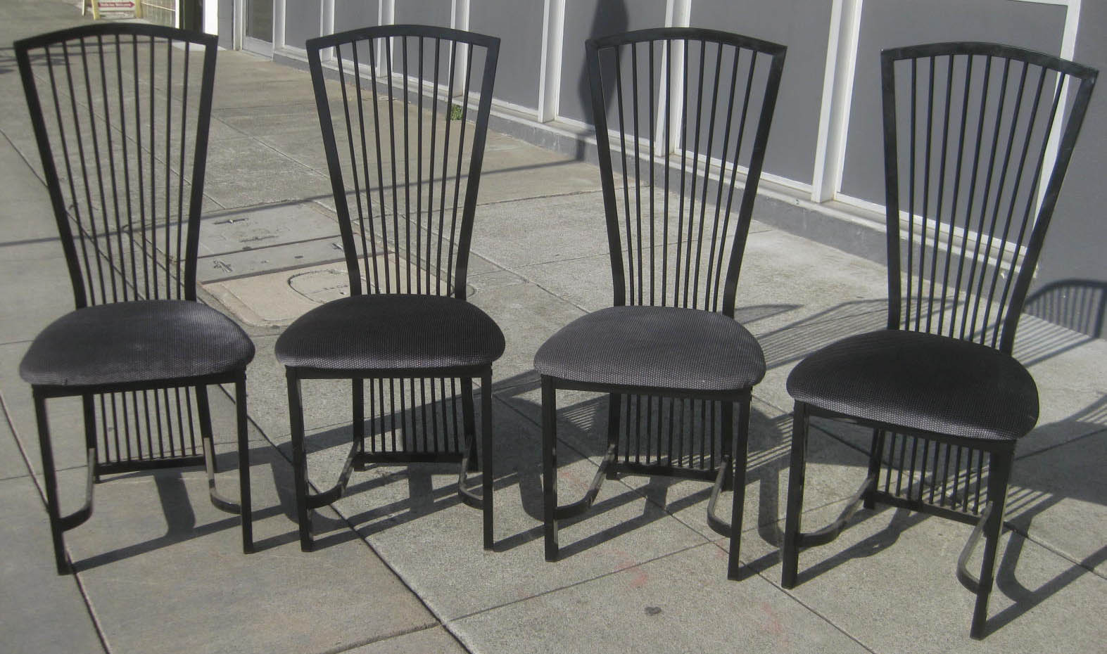 Uhuru Furniture Collectibles Sold 4 Metal Kitchen Chairs 65