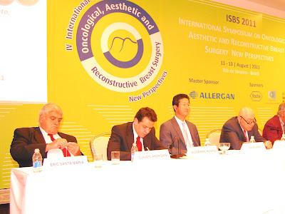 Alexandre Mendonça Munhoz, Dr. Alexandre Munhoz, Cirurgia Plástica, Cirurgia Oncoplástica, Reconstrução da mama, Reconstrução mamária, e Oncoplastic Surgery