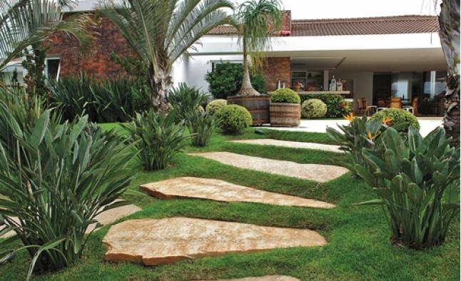 Alameda paisagismo jardins lagos cascatas for Lagos de jardin