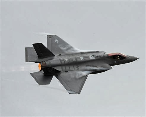 FIFTH-GENERATION FIGHTER ARRIVES AT HILL AFB