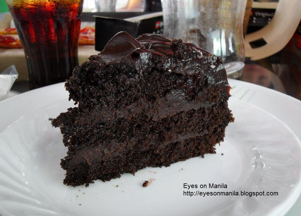 Chocolate Fudge Filling Cake Boss