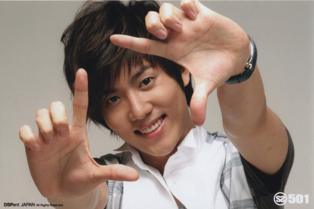 Kang Je Hoon Hearts                                  April 2011