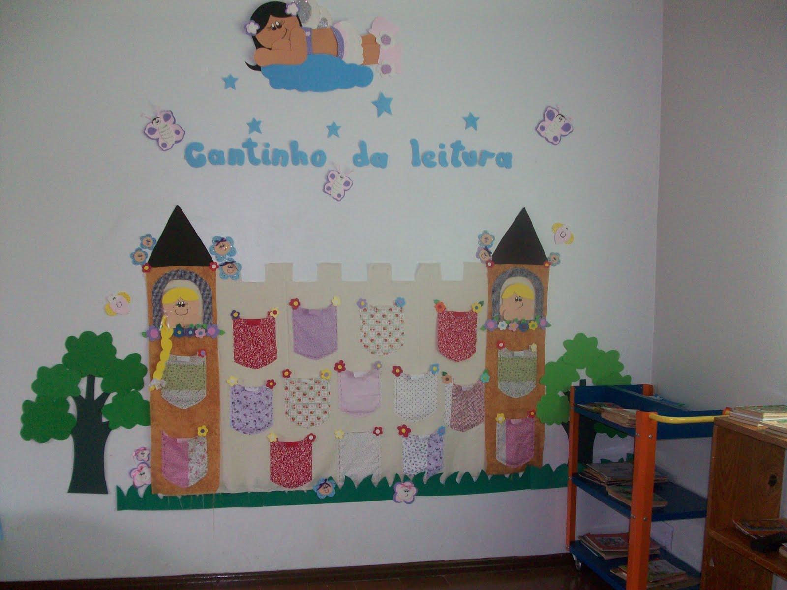 Ideias em eva cantinho da leitura for Decoracion de espacios de preescolar