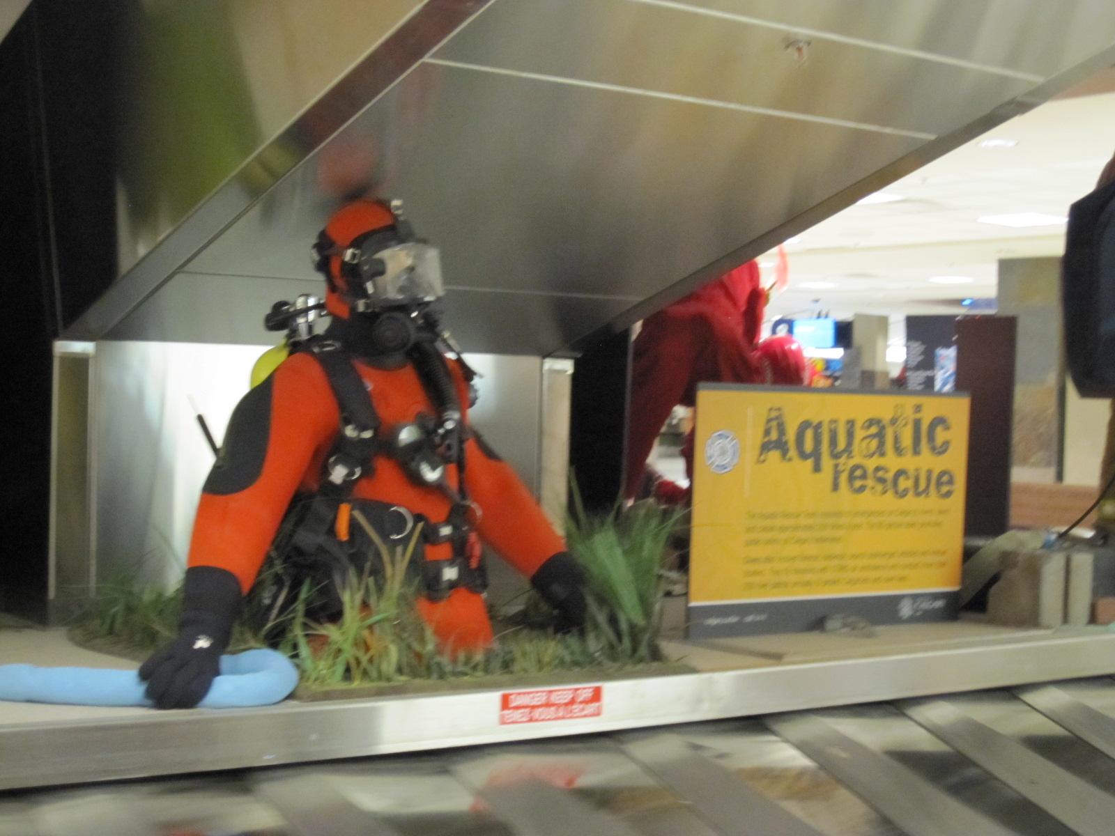http://1.bp.blogspot.com/-XHDsrYTuiTg/TaILihGox1I/AAAAAAAAA4s/IrrMoPPwEpY/s1600/airport+aqua+rescue.JPG