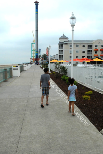 Walking along the boardwalk @CedarPoint Resorts Hotel Breakers #bloggingatCP
