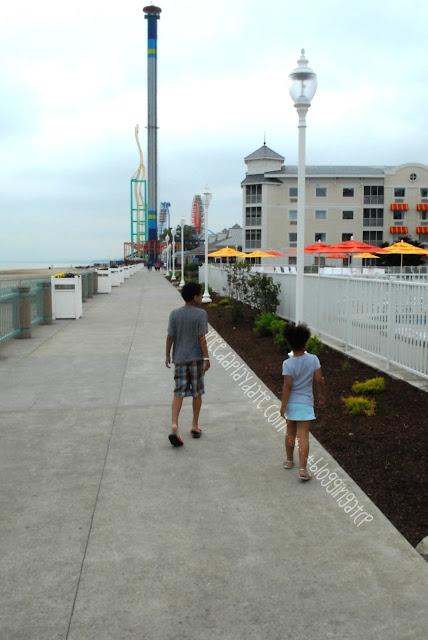 Walking along the boardwalk @CedarPoint Resorts Hotel Breakers #bloggingatCP