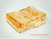 kahvaltıda tost