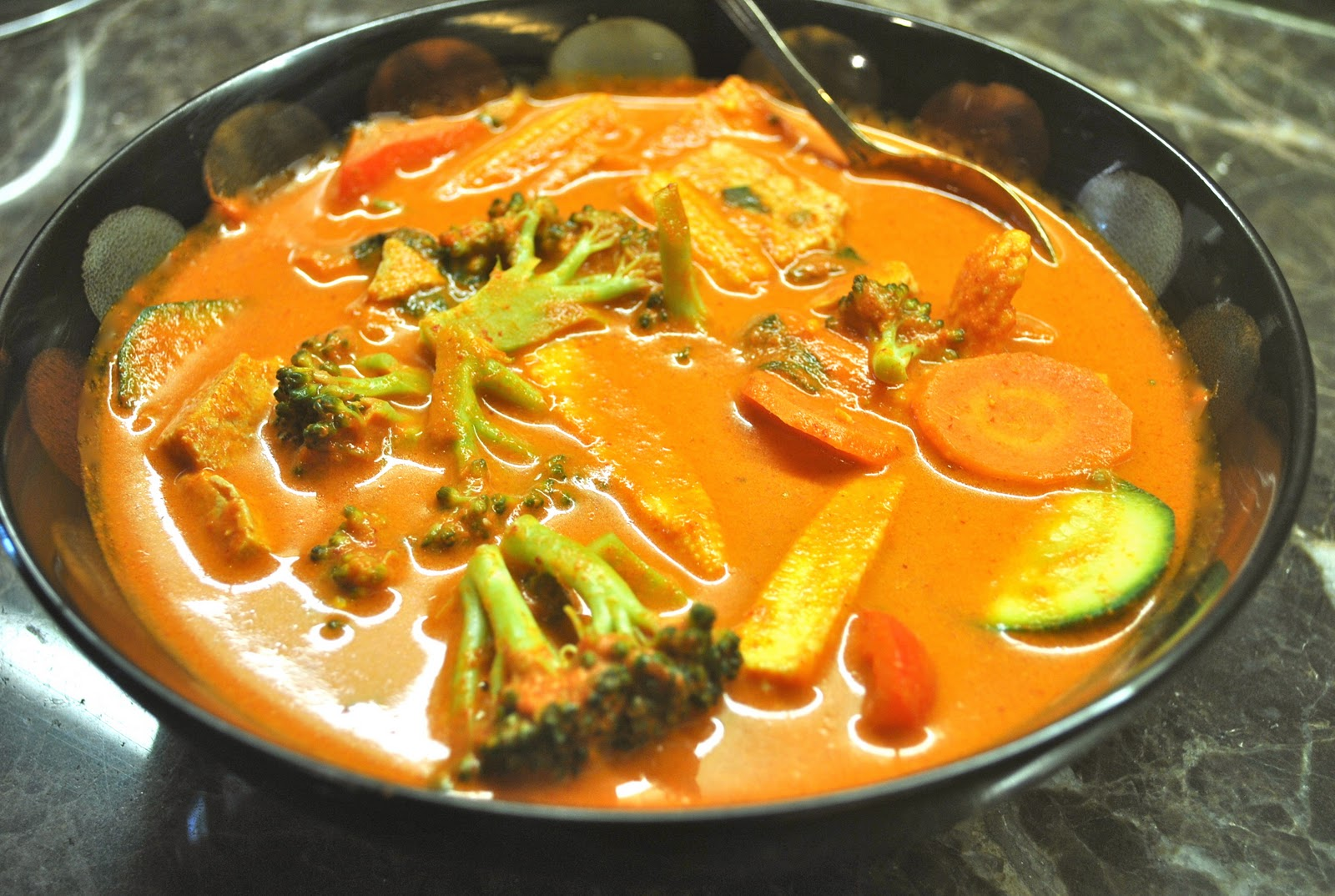 ... tofu and summer vegetables in coconut milk red curry with tofu a
