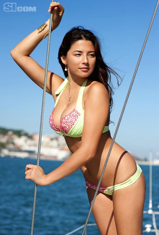Namitonz: Sports Illustrated Jessica Gomes hot pics and videos
