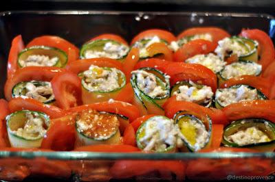 Canelone abobrinha cogumelos tomate