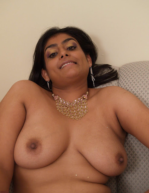 Голые толстые индианки фото