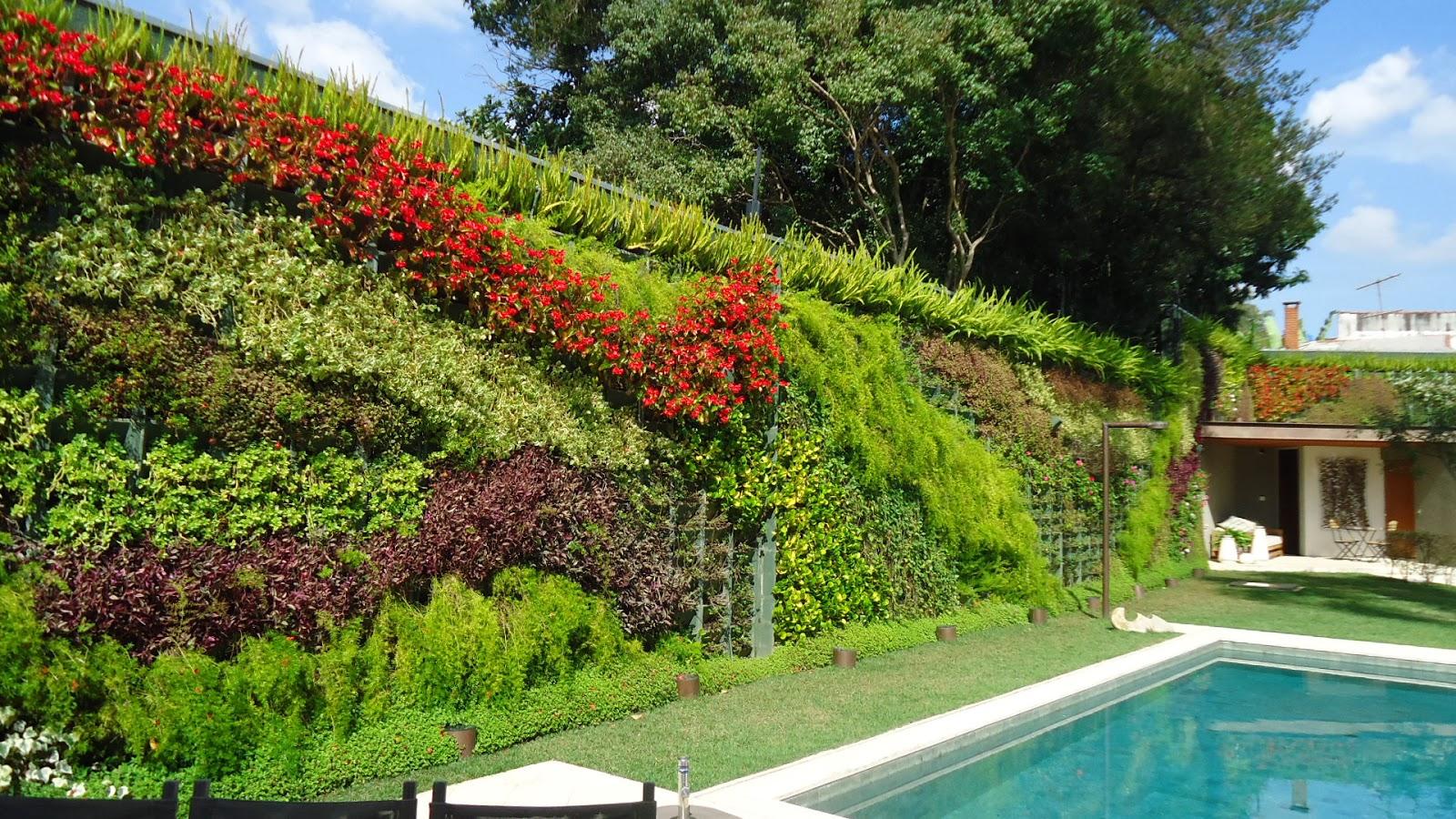 jardim vertical tijolo:Jardim Vertical, ideal para quem adora plantas e dispõe de pouco