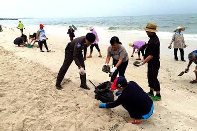 Huan Hin Beach