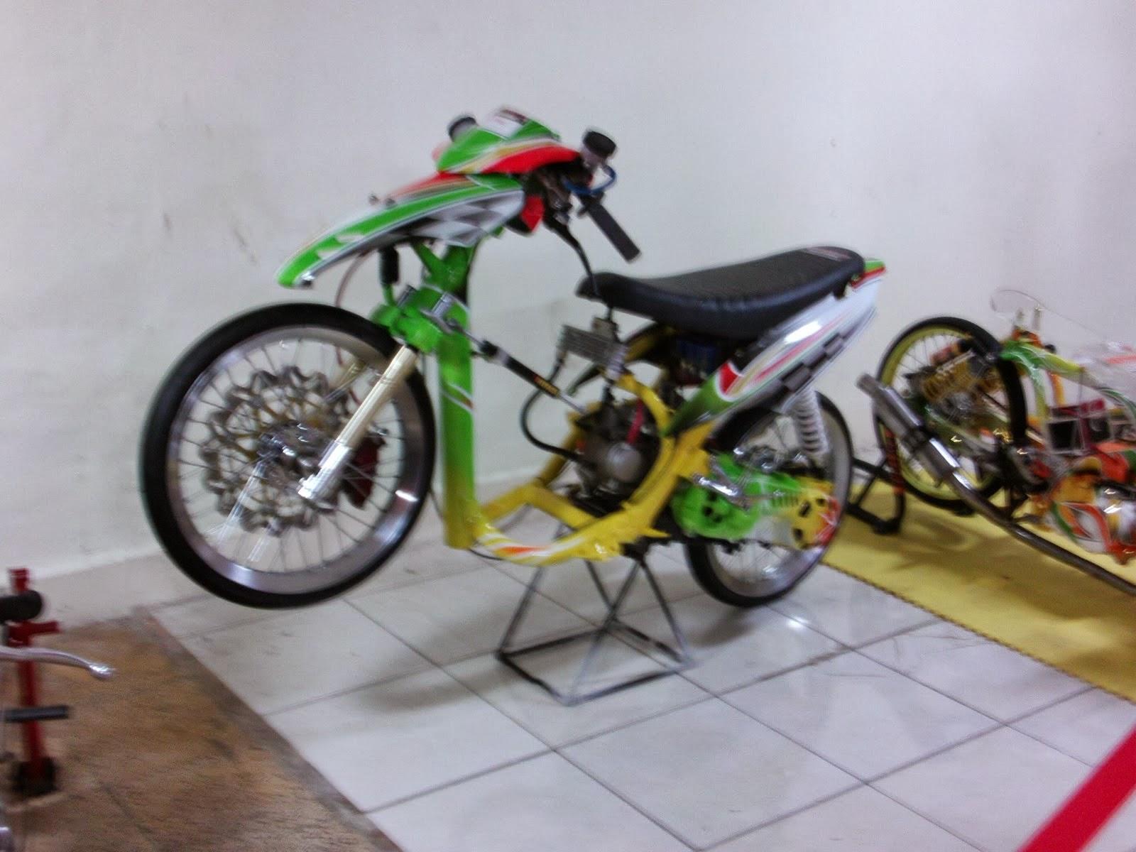 Gambar Motor Yamaha Mio Modif Drag Race R Way Collection