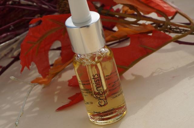 Piękno bez zmarszczek - olejek do twarzy Bee Venom Skin Chemists