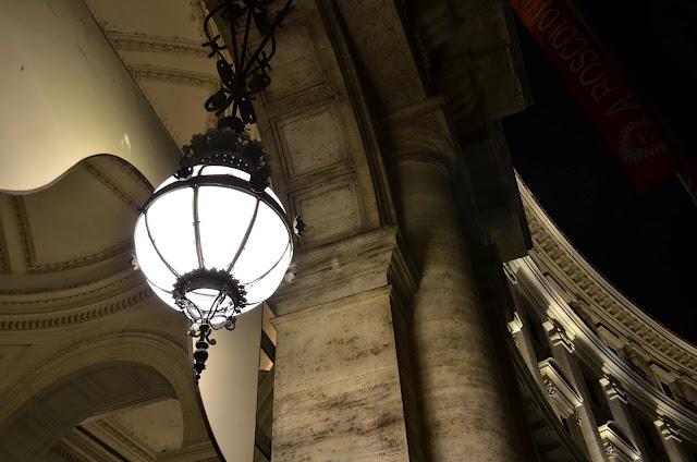 imagen nocturna, roma, italia