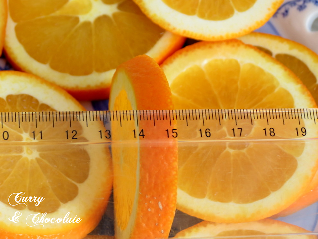 Naranjas confitadas - Cortándolas