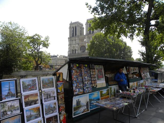 Notre Dame Shopping Paris