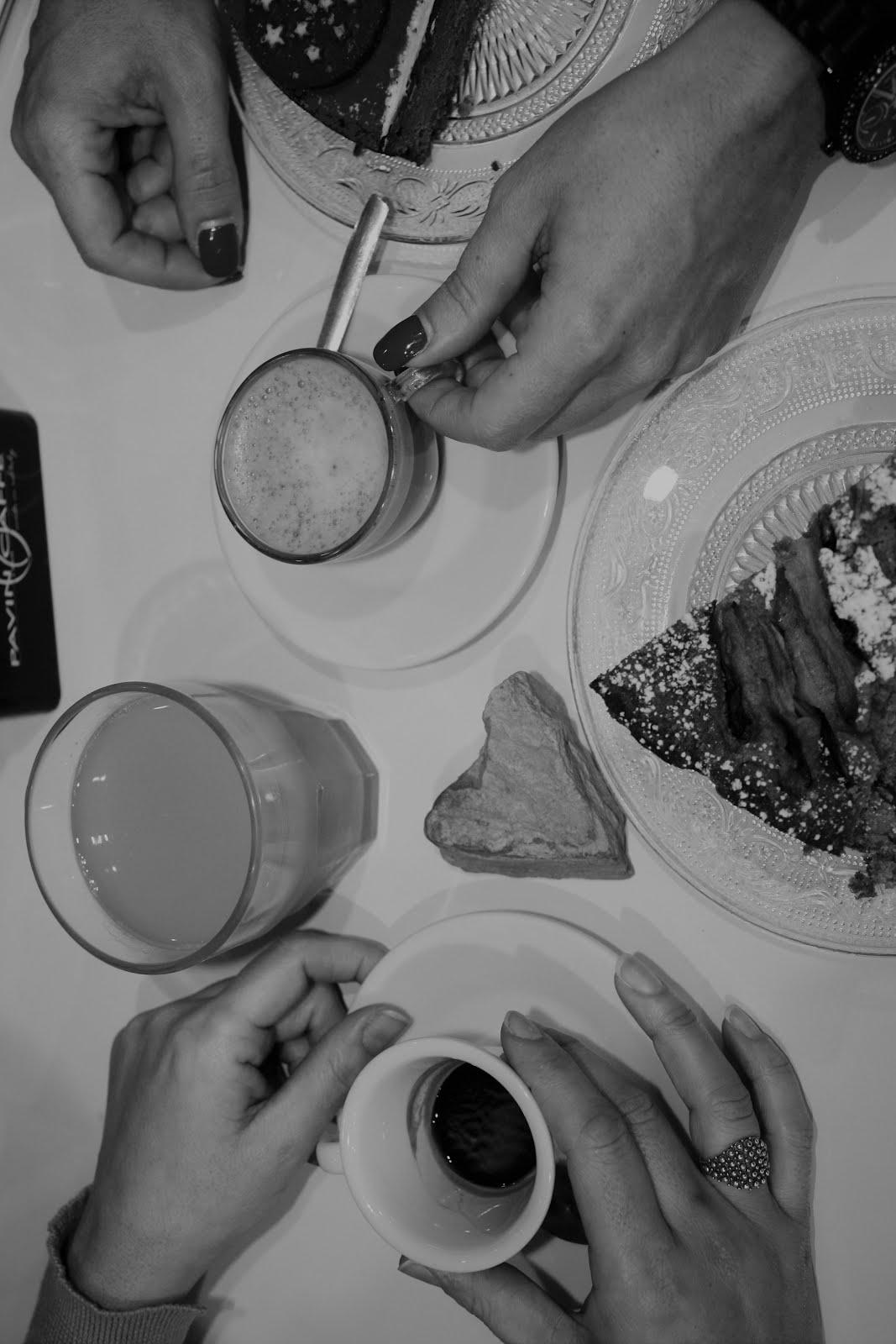Caffè con la ragazza
