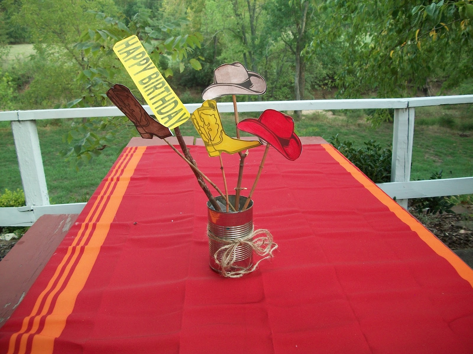 Party Table Decor