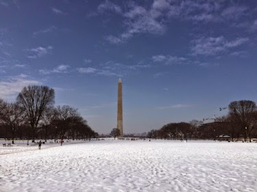 Chuck and Lori's Travel Blog - Washington Monument and Snowy National Mall