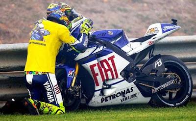 Valentino Rossi Kangen dengan Motor Yamaha YZR-M1