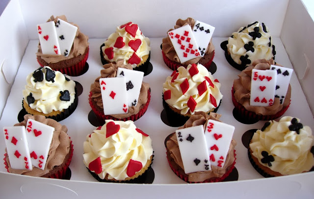 Playing Card Cupcakes Gift Box by lilycupcake, on Flickr