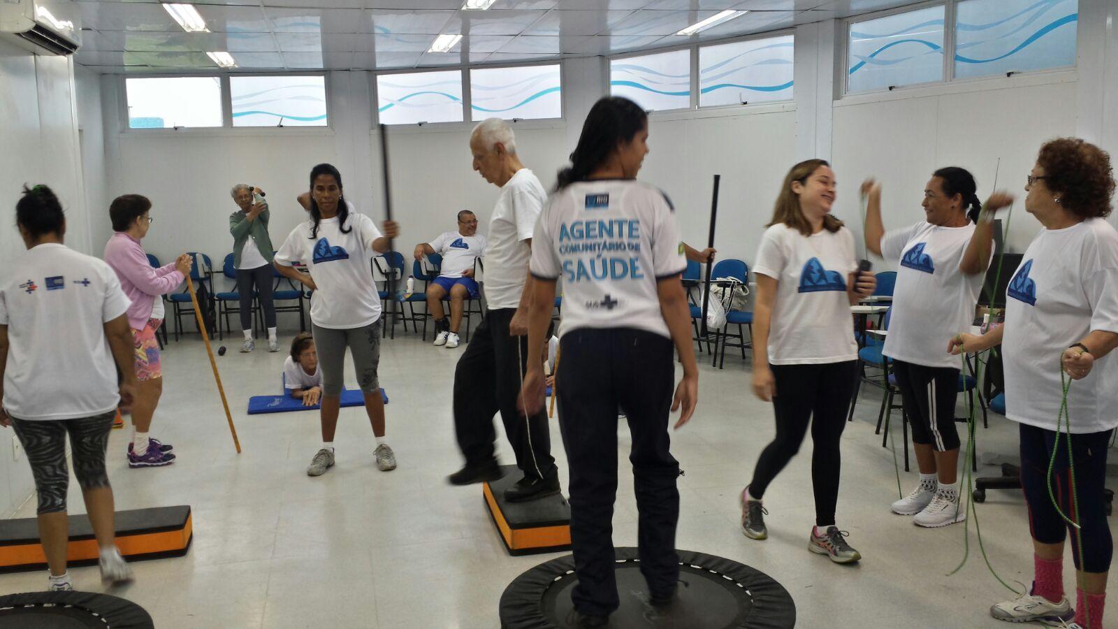 Circuito Na Academia : Aula de circuito com a academia carioca clínica da família nildo