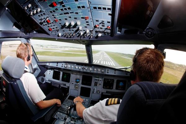 Pilot Asing. ZonaAero
