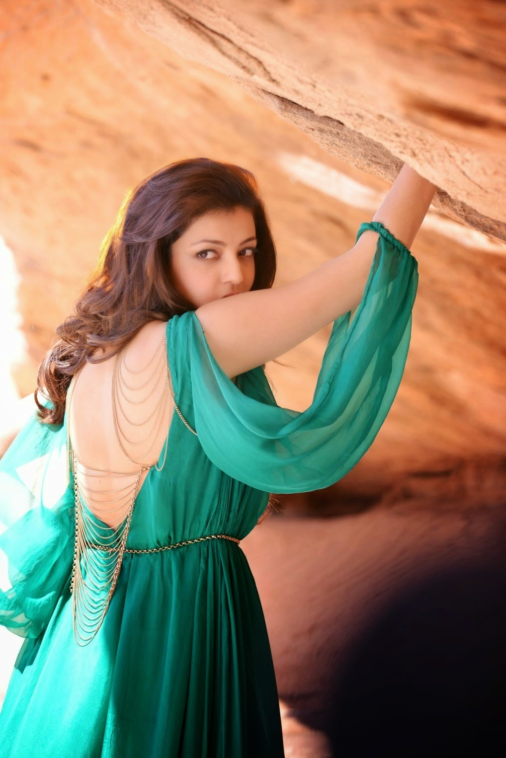 Actress Gallery: Kajal Agarwal New Cute Stills