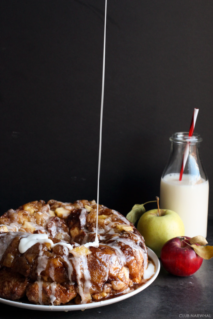 Apple Fritter Monkey Bread | Club Narwhal