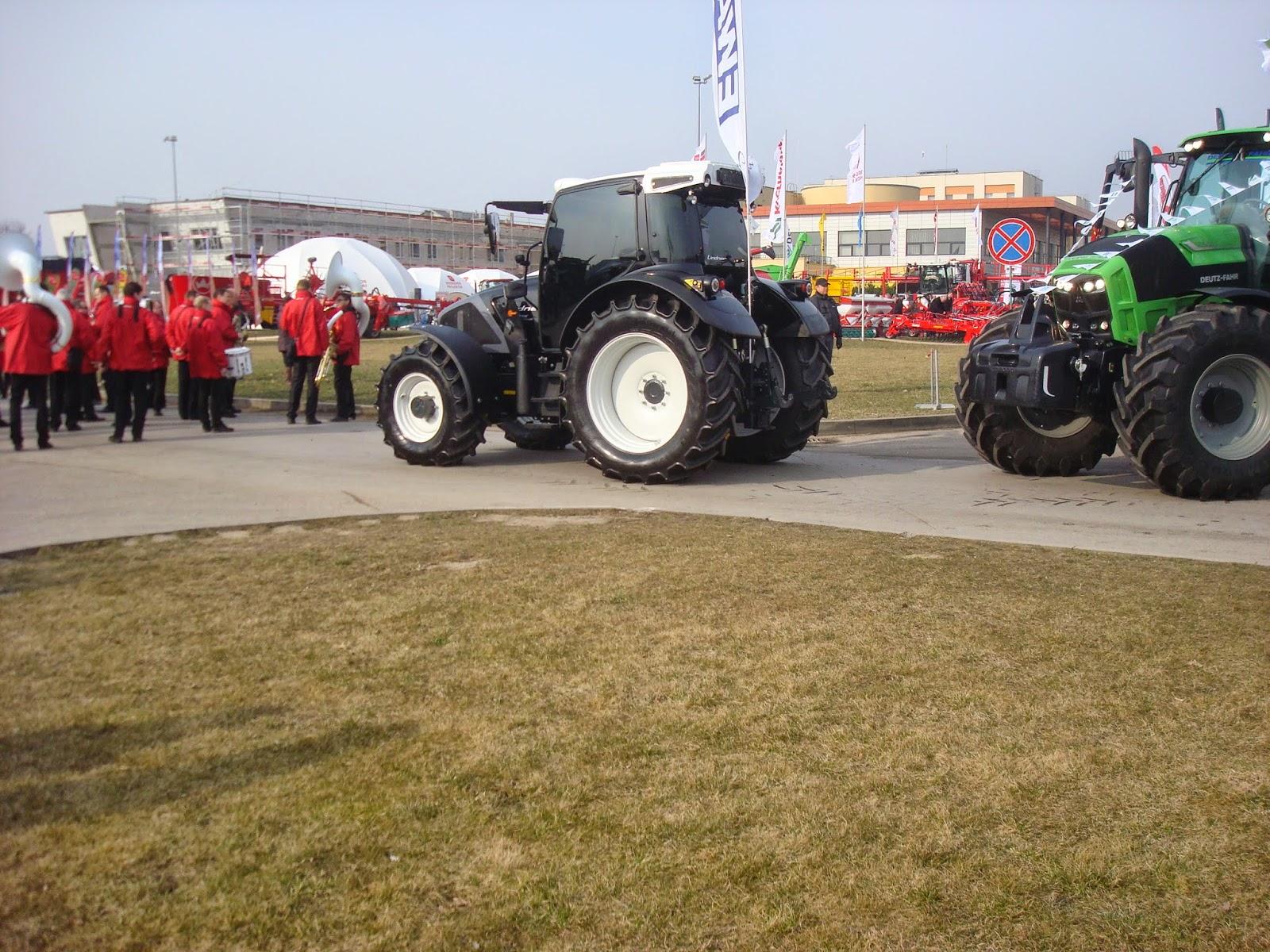 """tarptautinė žemės ūkio paroda """"Ką pasėsi… 2015""""."""