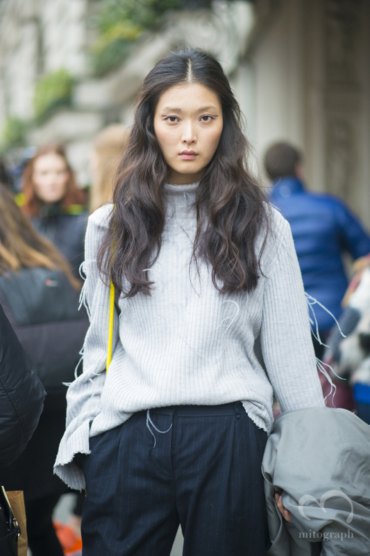 Model Sung Hee Kim at London Fashion Week 2015-2016 Fall Winter LFW