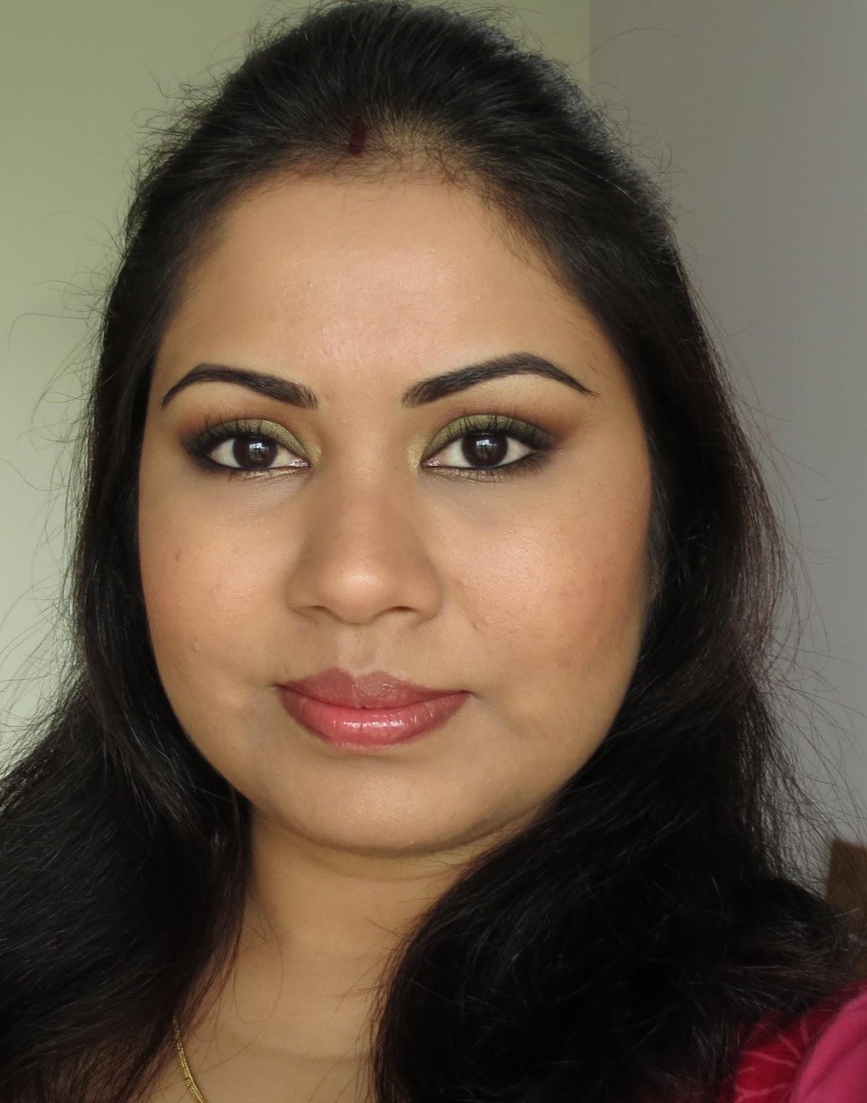 Mac brun eyeshadow for brows