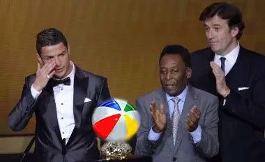 Cristiano Ronaldo, balón de playa, fifa, 2013