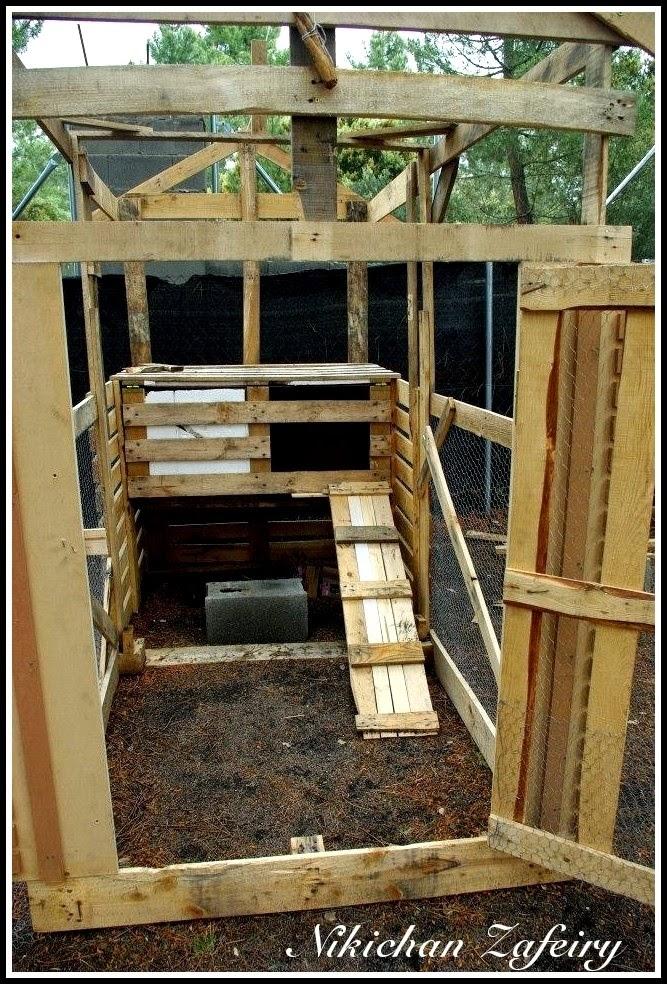 Huerto familiar en casa gallinero paso a paso de madera - Huerto con palets ...