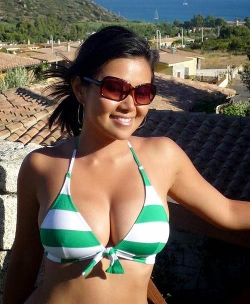 Las morenas más calientes de Tumblr han llegado hasta aquí con sus selfies más ardientes . whatsapp, bellas , guapas .Sexy Girls 1x2