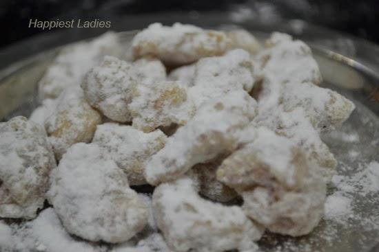 Sugar-coated-cashews-+-cashew-burfi