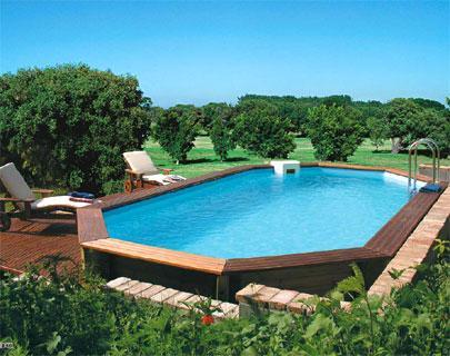 Rilassarsi in piscina for Luci per piscina fuori terra