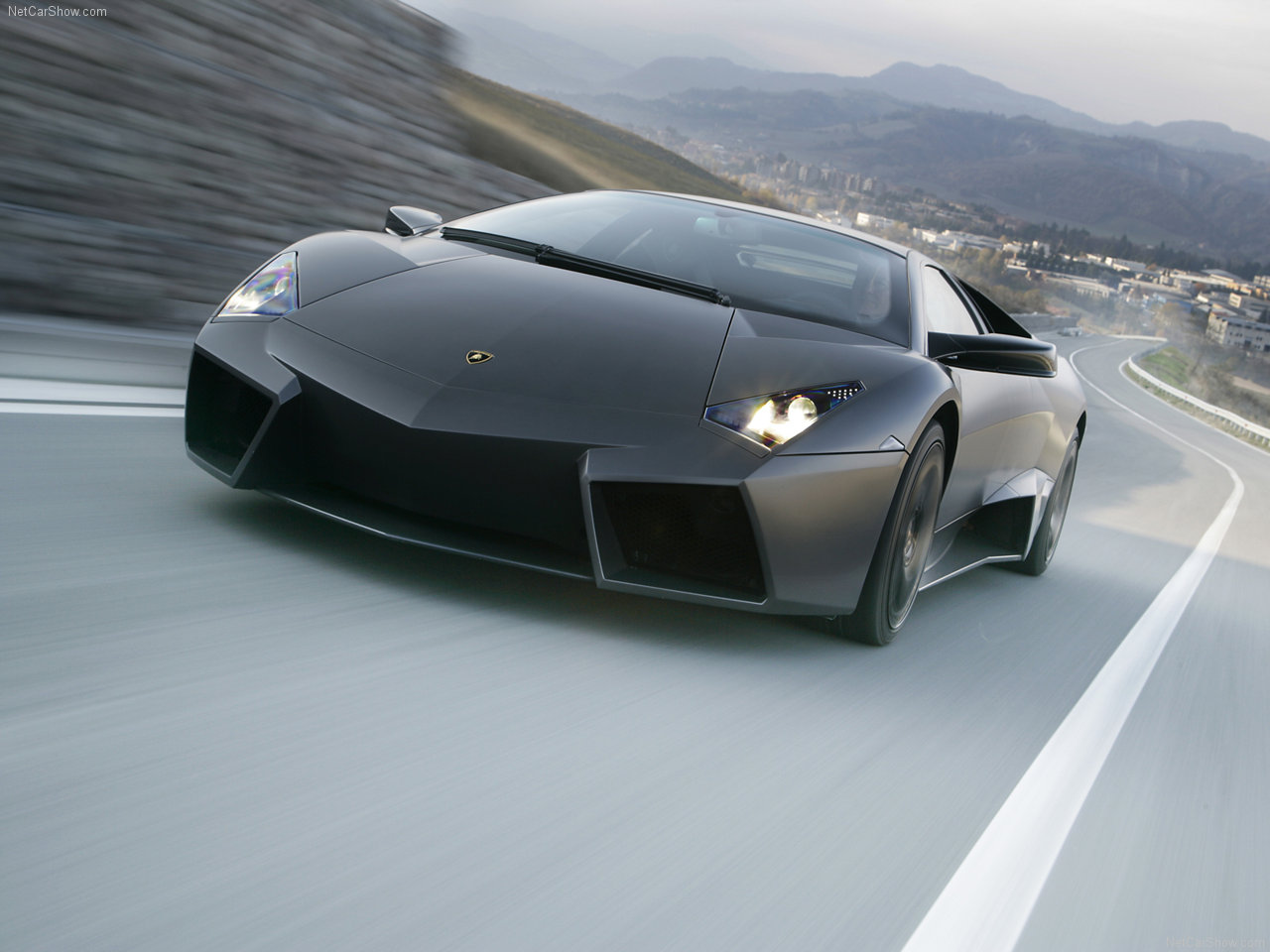car wallpaper free 2012